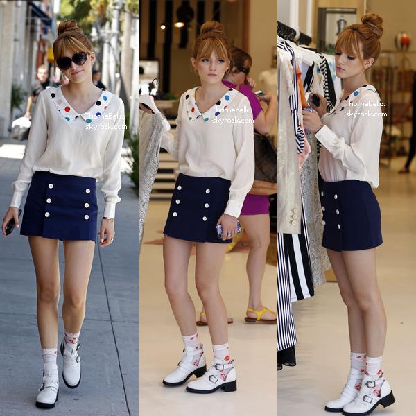 Bella dans les rues de Beverly Hills et faisant du shopping le 11 avril 2013.
