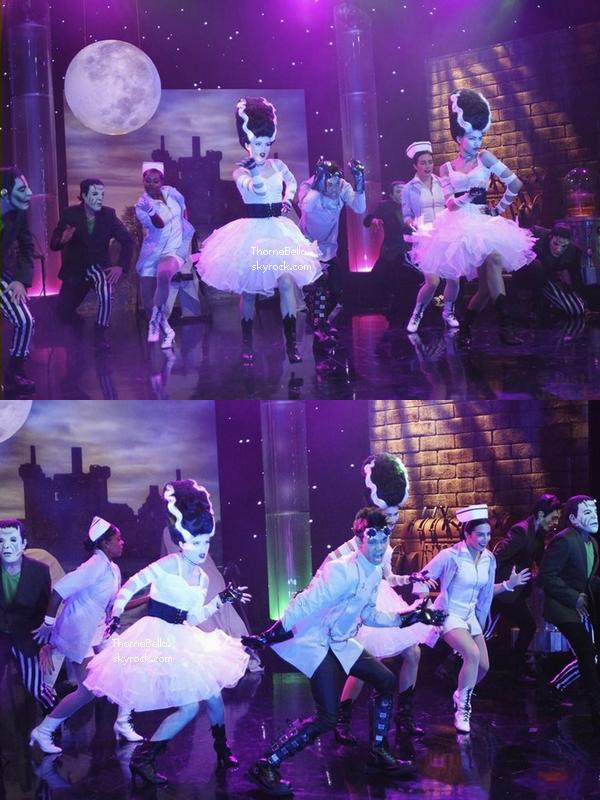 Stills de l'épisode Haunt It Up spécial Halloween.