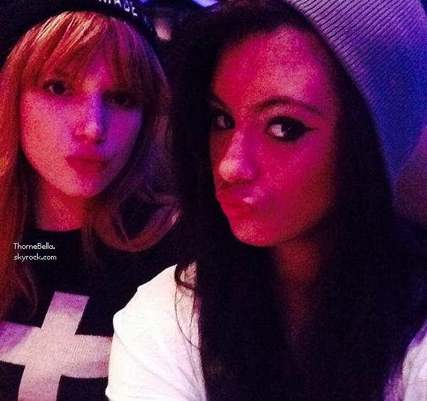 Nouvelle photo twitter de Bella du 24 novembre 2013.