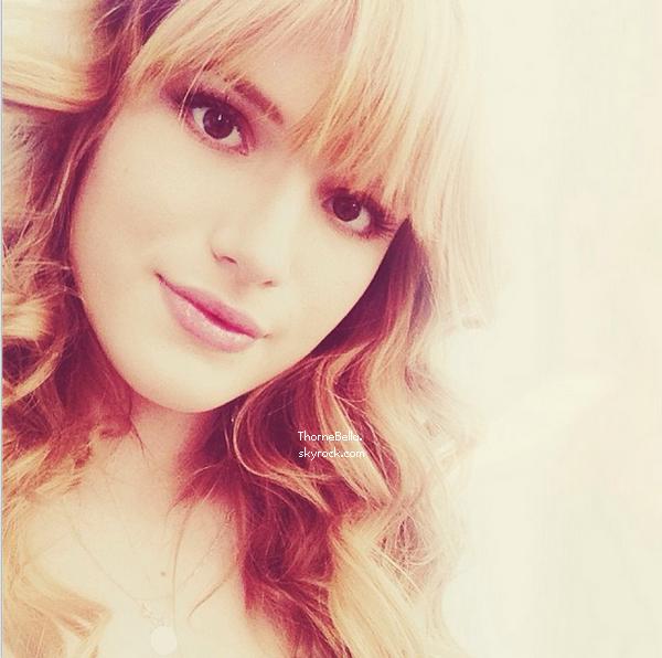 Photos twitter de Bella de ces derniers jours.