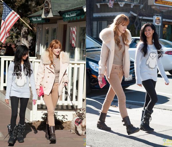 Bella et Olivia faisant du shopping au Big Ber Village le 28 décembre 2013.