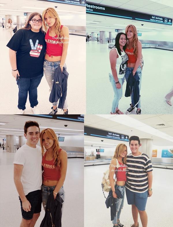 Bella a l'aéroport de Chicago et Miami le 17 mai 2014