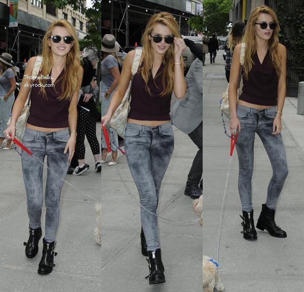 Bella rentrant dans son hotel à New York le 23 mai 2014.