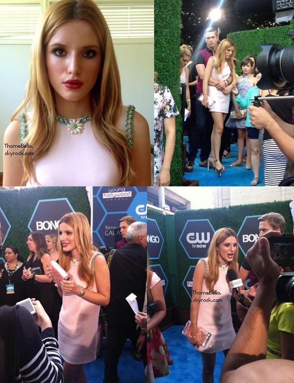 Photos twitter lors des Young Hollywood Awards et lors d'un anniversaire le 27 juillet.