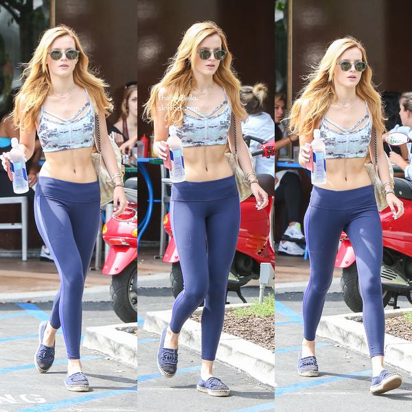 Bella quittant Soul Cycle à Brentwood le 2 août 2014.