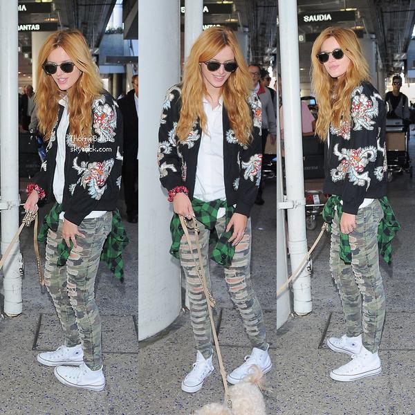 Bella a l'aéroport de LAX le 21 septembre.