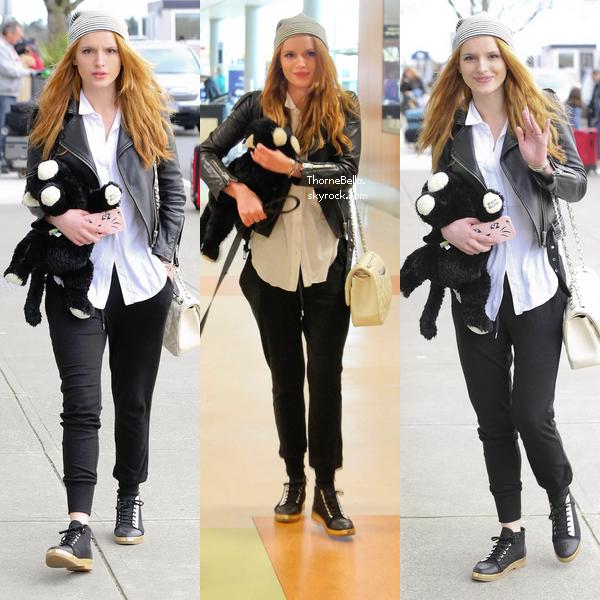 Bella a été aperçue sur le set de son film Perfect High à Victoria le 18 février.