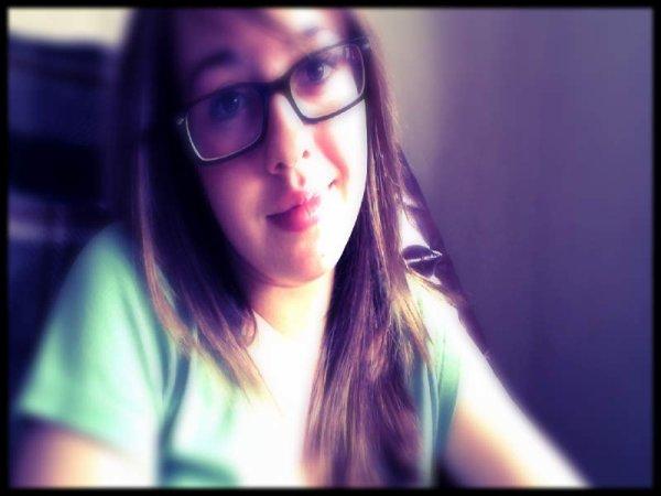Une petite photo de moi, que vous puissiez mettre un visage sur mon prénom ahah !