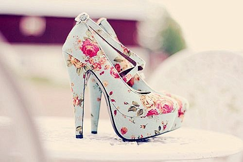 Plutôt fleurs chic ou design coloré ? ;)