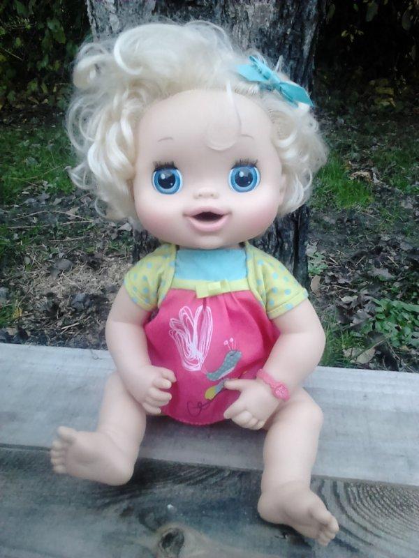 baby alive little girl 2010