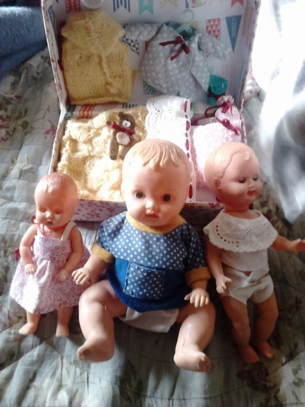 divers bebes dont boite nurcery fait par nadette 62