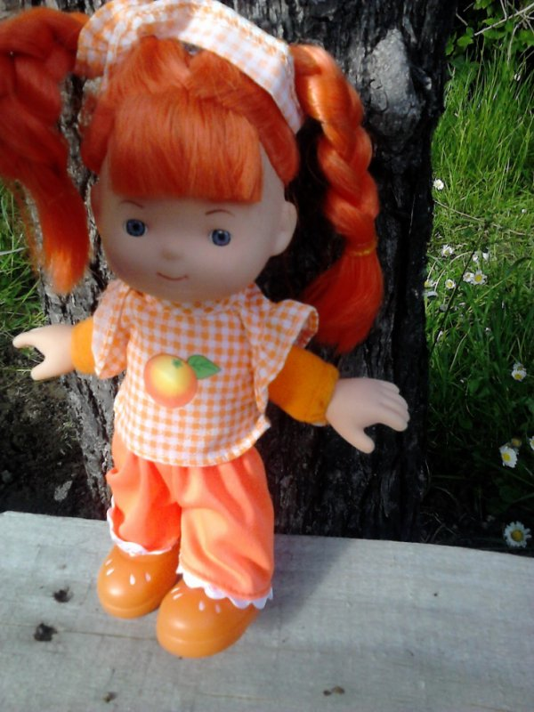 poupee fruit doll orange