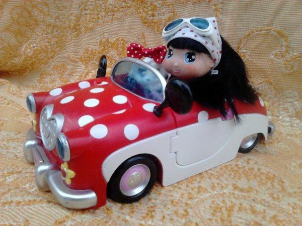i love minnie de famosa  + voiture