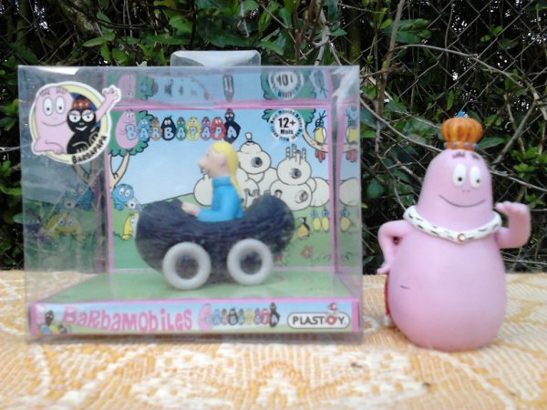 barbapapa en boite+ figurine
