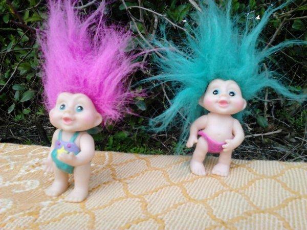 2 trolls bleu et rose 90's