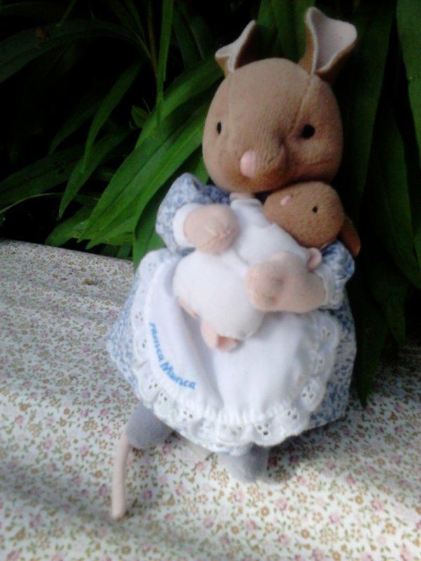 peluche beatrix potter maman lapin + bebe