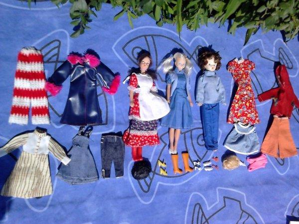 lot de mannequins +vetements perruques etc... a vendre ou echanger