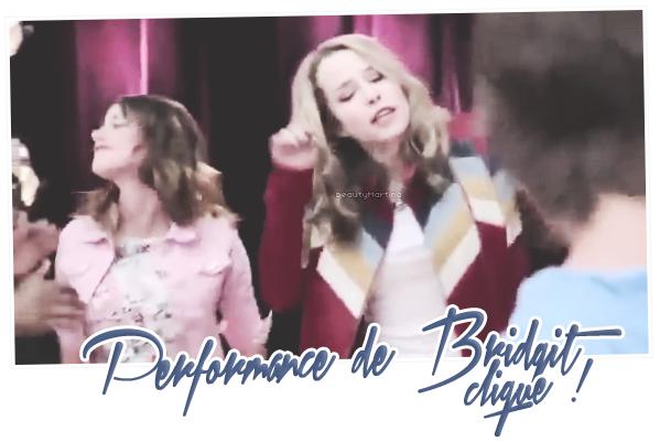 """. Comme vous le savez tous, Bridgit Mendler apparaît en tant que guest-star dans l'épisode 11 de la saison 02 de """"Violetta"""". Voici la vidéo de la performance de Bridgit et quelques photos de Martina avec Bridgit.. ."""
