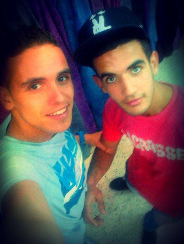 moi  et  mon  ami  ;) :)