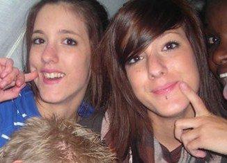 Gwen & Brandie : )