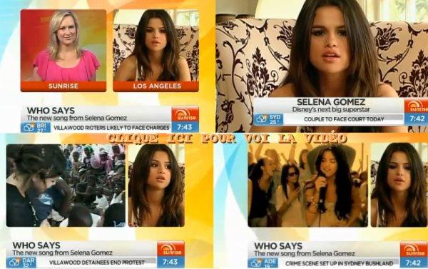 elena Gomez a enregistré l'émission « Sunrise Australia » dans laquelle elle parle de ses projets musicaux et cinématographiques, de ses fans etc…