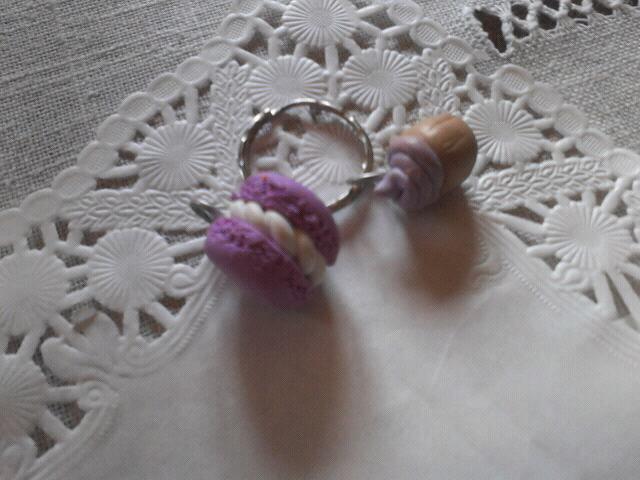 Macaron et Cupcake à la violette.