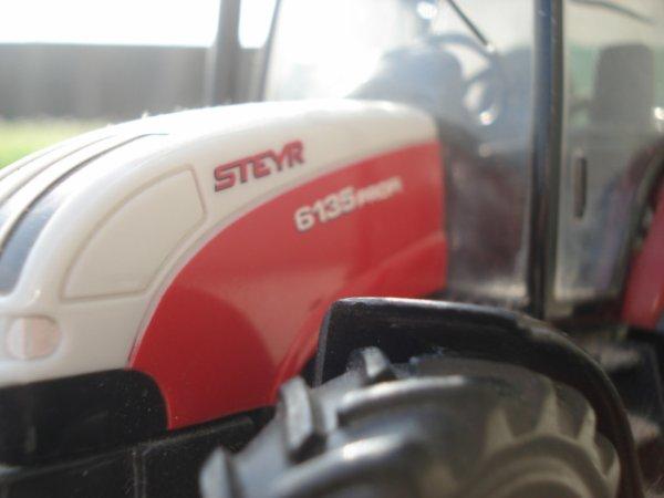 Epandage d'engrais 2012 ----> Steyr 6135 Profi