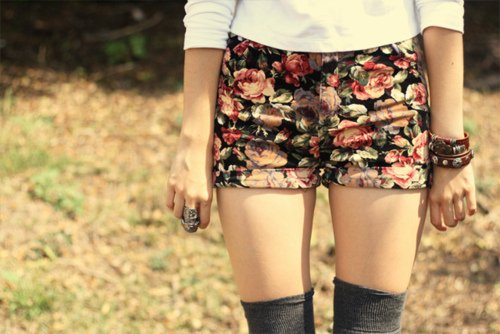 Série III: Jambes et shorts (suite)