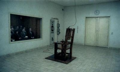 Une chaise lectrique comme attraction mes coups de gueule sur la france et le monde - Chaise electrique en france ...