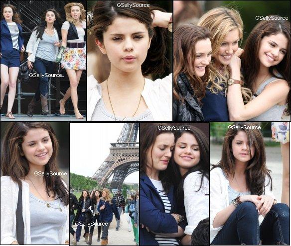 * Selena Gomez Tourne une scéne à Paris. *