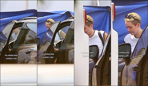 """Miley sur le tournage de """"We can't Stop"""""""