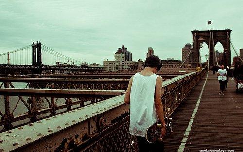 Les hommes construisent trop de murs et pas assez de ponts.