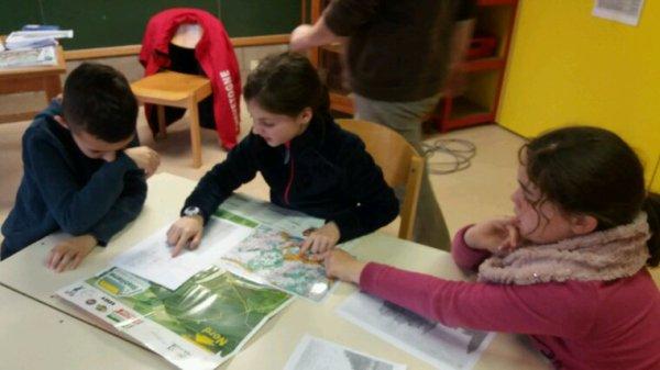 Après les cartes touristiques,lecture des cartes avec échelles..