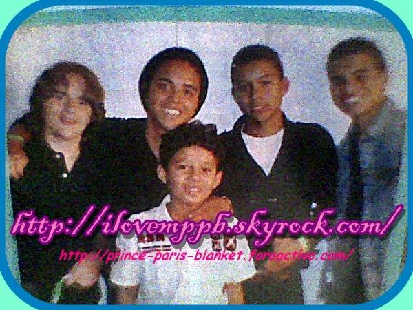 ❤❤❤ Prince Jackson con sus primos ❤❤❤