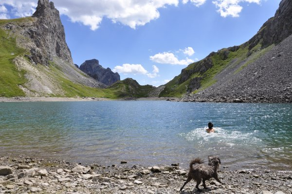 Pic de la Ponsonnière, septembre 2019 - Ce lac, un spectacle pour les yeux.