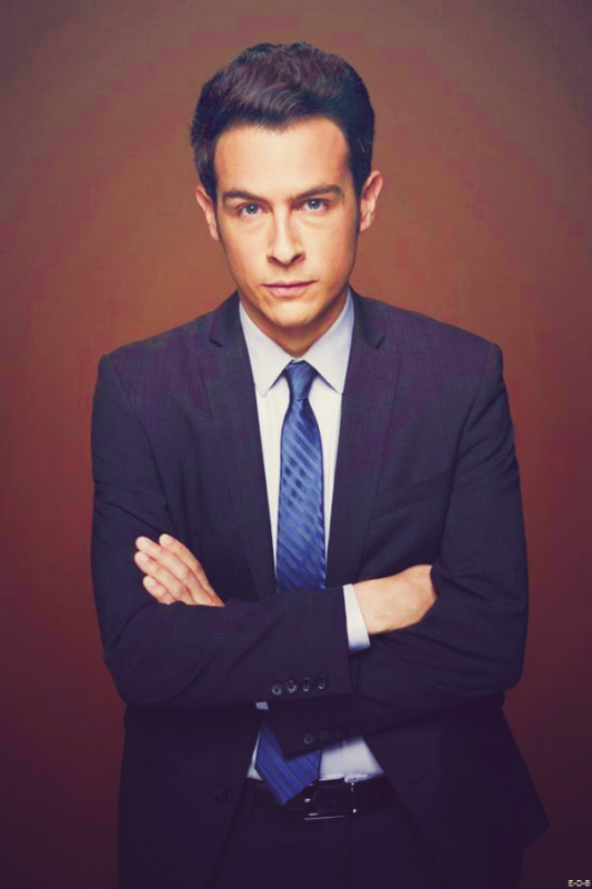 Photo Promo saison 10 de Bones: James Aubrey (John Boyd) ♥