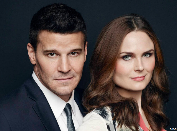 Emily Deschanel et David Boreanaz (Bones) accusent la Fox de leur avoir volé 100 millions de dollars ! ♥