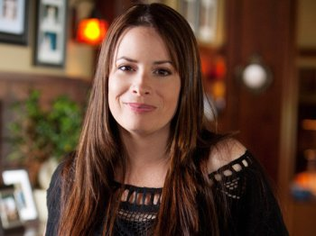 Kaley Cuoco 27 ans / Holly Marie Combs 39 ans