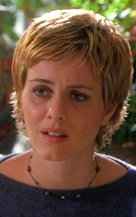 3 voix pour Michele Lituac dans Charmed