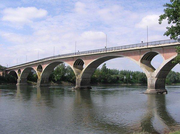 au fil de la Garonne PORT Ste MARIE (47) - TONNEINS (47)