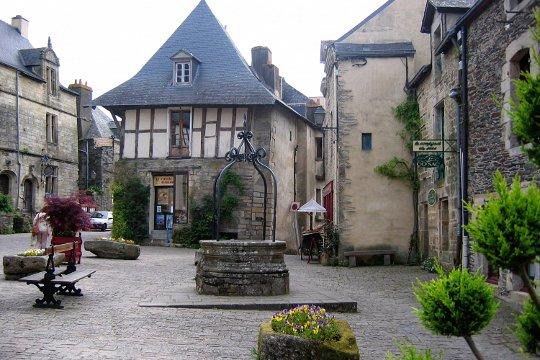 ROCHEFORT-EN-TERRE (3)