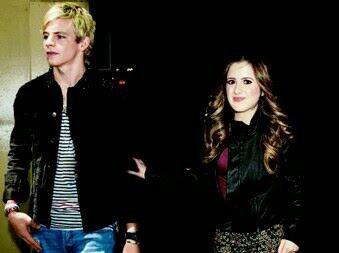 Toujours ensemble sa c est un vrai couple ♥♥♥♥♥