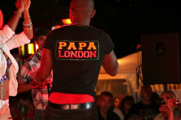Papa London en live a Juan les pins