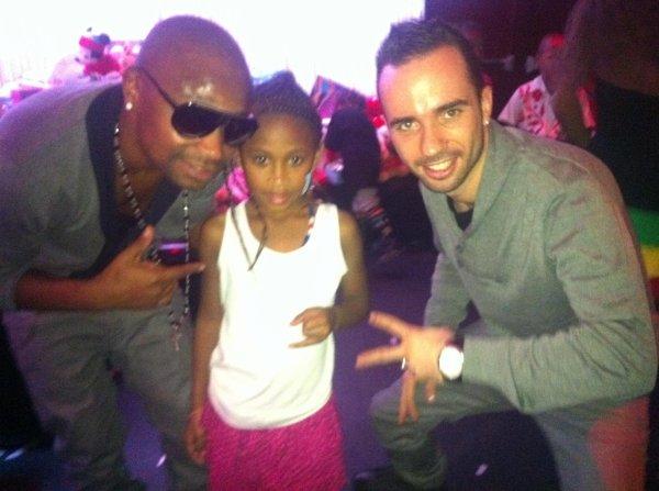 Papa London et le Noël des enfants Cap Verdien