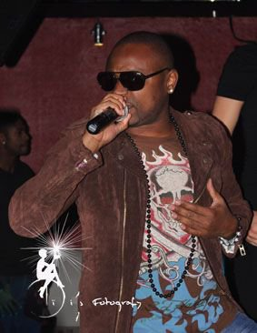 En Concert au FOZ Club