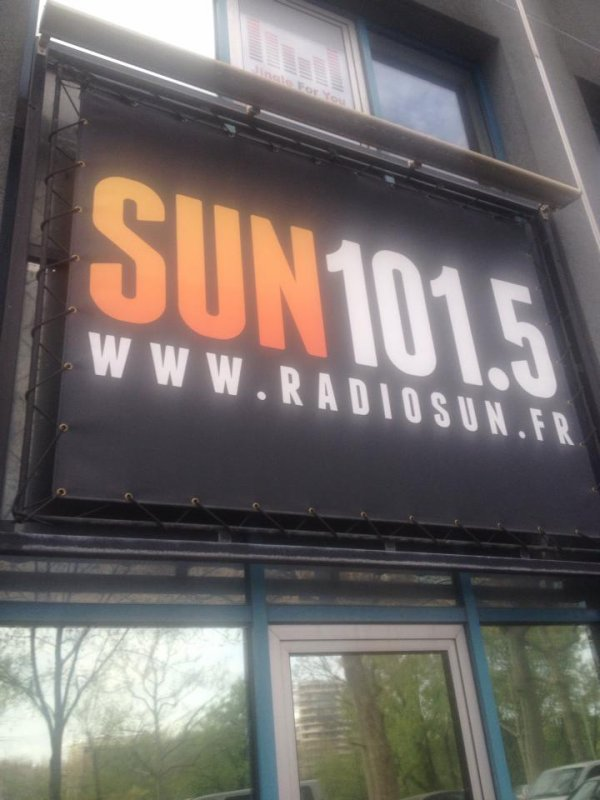 Au studio radio sun Scornight Production