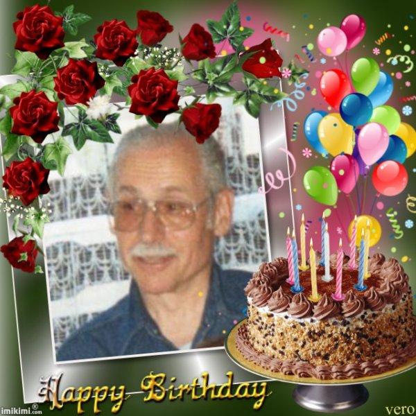 joyeux anniversaire roland , beaucoup de bonheur et un gros bisous !!! des années d amitié !!!!!