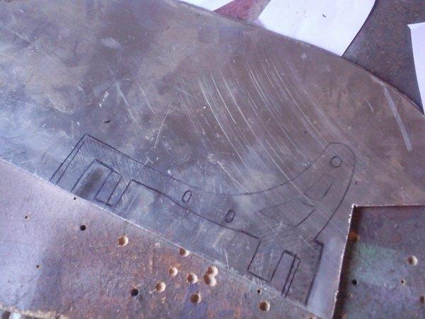 Réalisation de la pâte de fixation arrière de l'amortisseur de direction