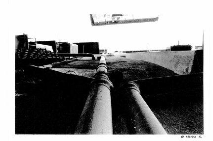Sujet: l'Architecture, Thèmes; Les toits et les gouttières.