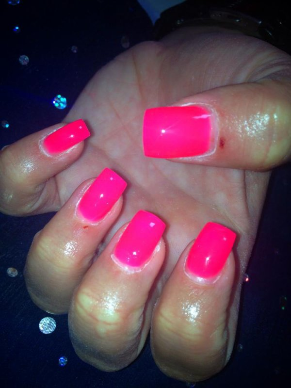 Pose en gel        rose fluo